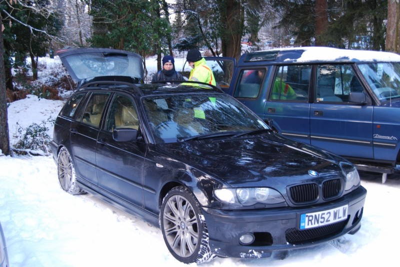 330d in spectator car park