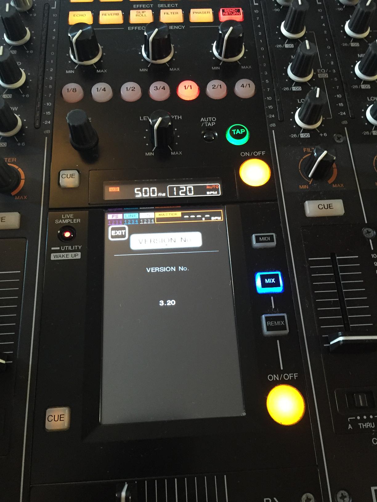 Pioneer DJM 2000 version 3.2